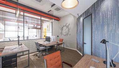 Проект офиса в БЦ Omega Plaza для производителя одежды