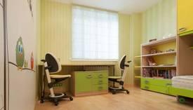 Фото салатового интерьера в детской двухкомнатной квартиры, Отрадное