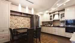 Фото потолка в кухни-столовой, м. Кузьминки